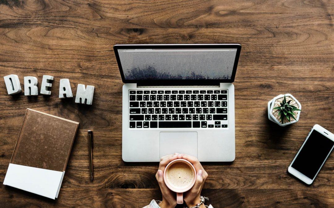 How You Organise Your Desk Says A Lot About You